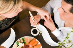 Маленькая Япония (Мастер класс по приготовлению суши и ролл)