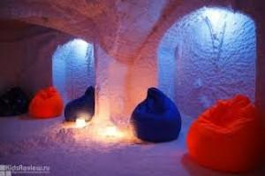 Посещение соляной пещеры семьей