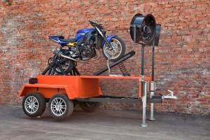 Встать на заднее колесо мотоцикла